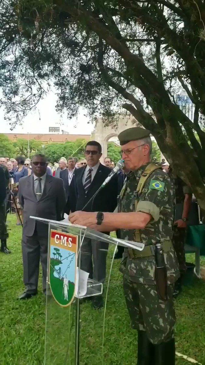 Trecho da fala do Comandante Militar do Sul, @geraldomiotto, durante solenidade em homenagem aos militares mortos durante a Intentona Comunista de 1935. #homenagem