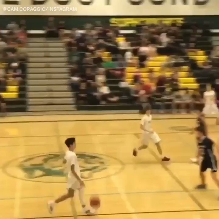 Moment of silence for all 4 of these ankles 😬