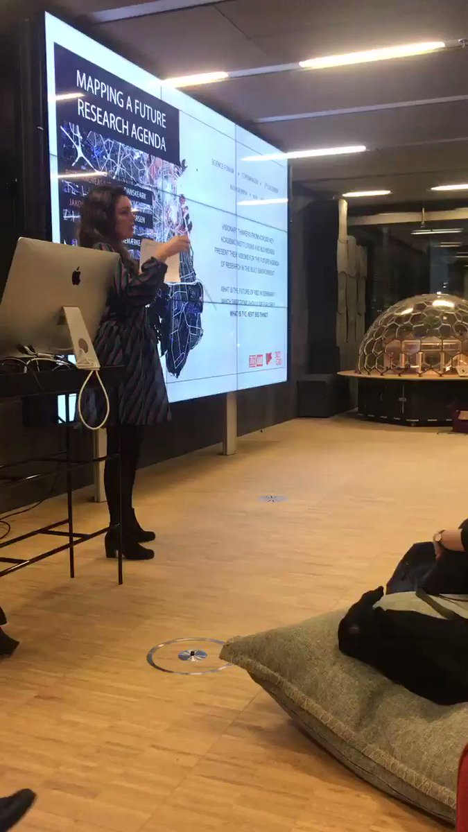 @3XN_GXN presents the last 2018 Science Forum event in BLOXHUB.This time Pecha Kucha and debate about the Future research agenda for the built environment.@VELUX @DACdotDK @HLArchitects @KasperGuldager @DANSKEARK