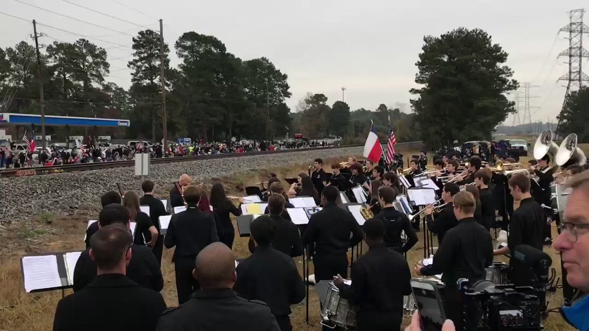 What a moment to witness...and our students were incredible! @KleinOak @KleinISD