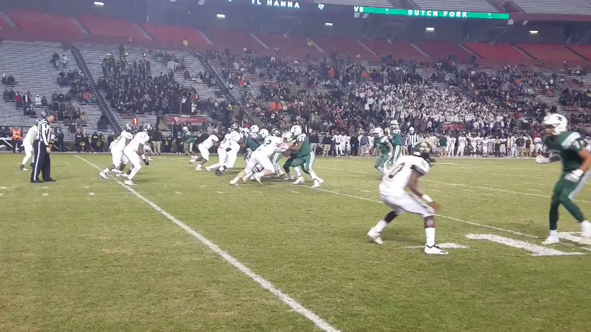 1st play after botched punt @tylerolenchuk to @jalinhyatt and it's 52-20 @dfhsfootball 5:18 left #thestate