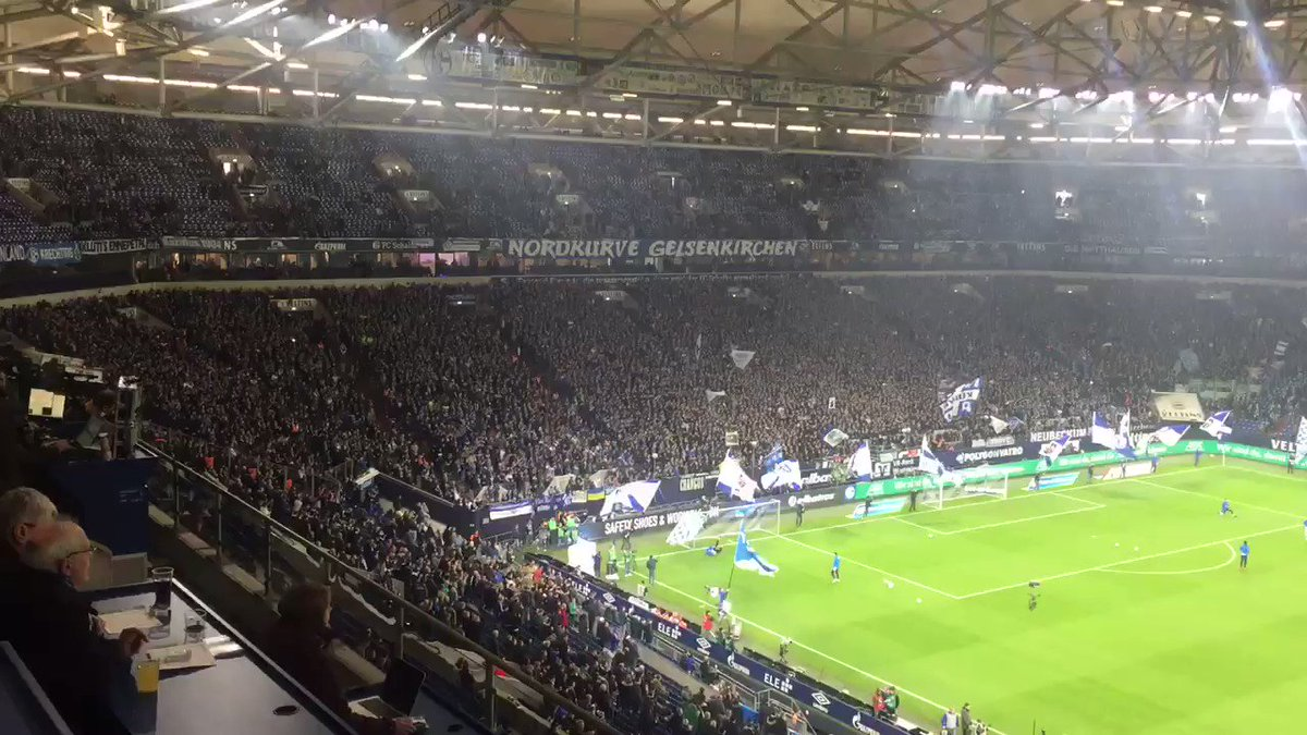 The Nordkurve ready nice and early to greet their team. #Revierderby #S04BVB