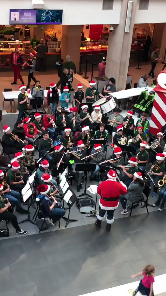 <a target='_blank' href='http://twitter.com/KenmoreBand'>@KenmoreBand</a> helps spread Holliday cheer at Pentagon City <a target='_blank' href='http://twitter.com/APSArts'>@APSArts</a> <a target='_blank' href='http://search.twitter.com/search?q=kmsfocus'><a target='_blank' href='https://twitter.com/hashtag/kmsfocus?src=hash'>#kmsfocus</a></a> <a target='_blank' href='http://search.twitter.com/search?q=APSisAweseome'><a target='_blank' href='https://twitter.com/hashtag/APSisAweseome?src=hash'>#APSisAweseome</a></a> <a target='_blank' href='https://t.co/Cx1agXk98F'>https://t.co/Cx1agXk98F</a>