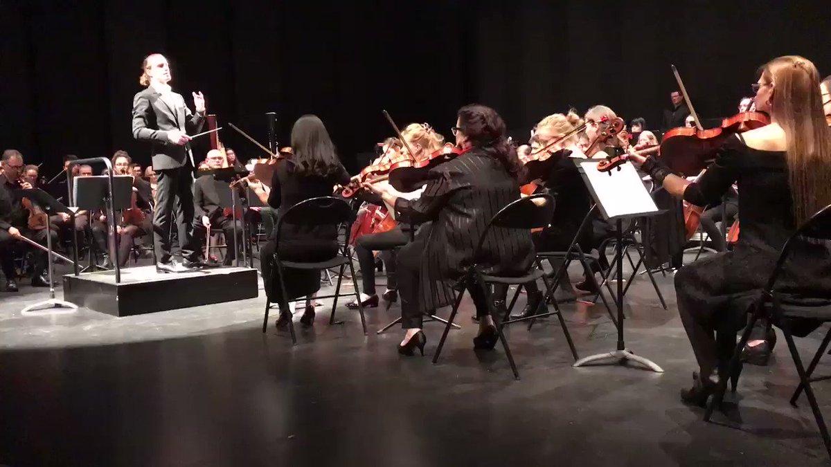 Rien que pour vous... Quelques notes de la #symphonie n.4 de Gustav Malher jouées par des artistes-enseignants, élèves des #conservatoires de l'agglo et des amateurs de hauts niveaux habitants sur le territoire. #CRDParisSaclay #évènement #1concertdansmonagglo https://t.co/3dJzkunjk4