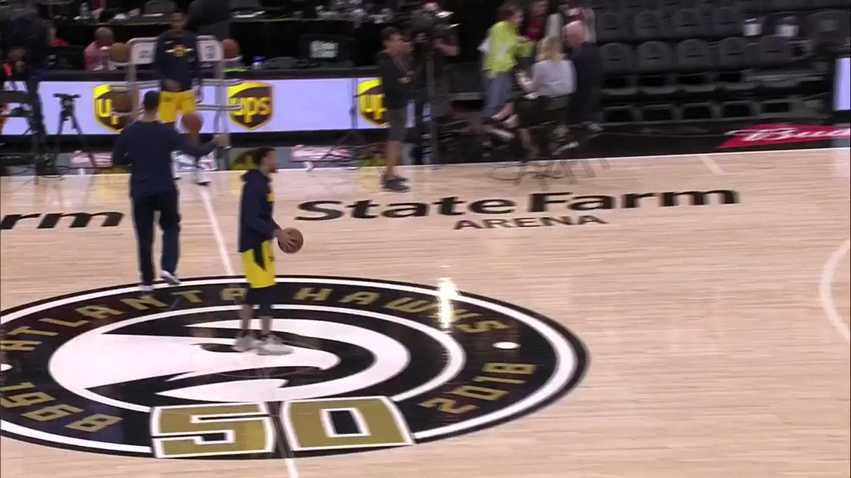 Casual triples from Jamal Murray. https://t.co/FNdqS1Ummr