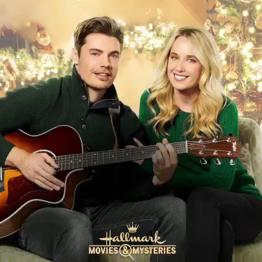 "It's Christmas time y'all! Tune into the new @HallmarkMovie #TimeToComeHomeForChristmas TONIGHT at 9pm/8c!!"" https://t.co/hmJfiFIiHW"