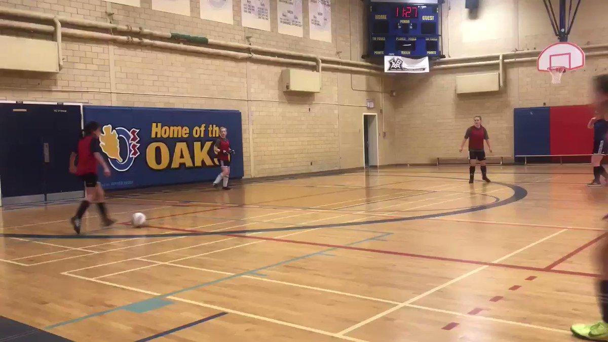 After a successful game yesterday, #whitecapslondon 2007 #PreOPDL girls decided to take on the 2006 #OPDL Girls in some Sunday Funday Futsal action! 💪🏼  @WhitecapsYouth #lndont @whitecapslondon #playerdevelopment #sundayfunday