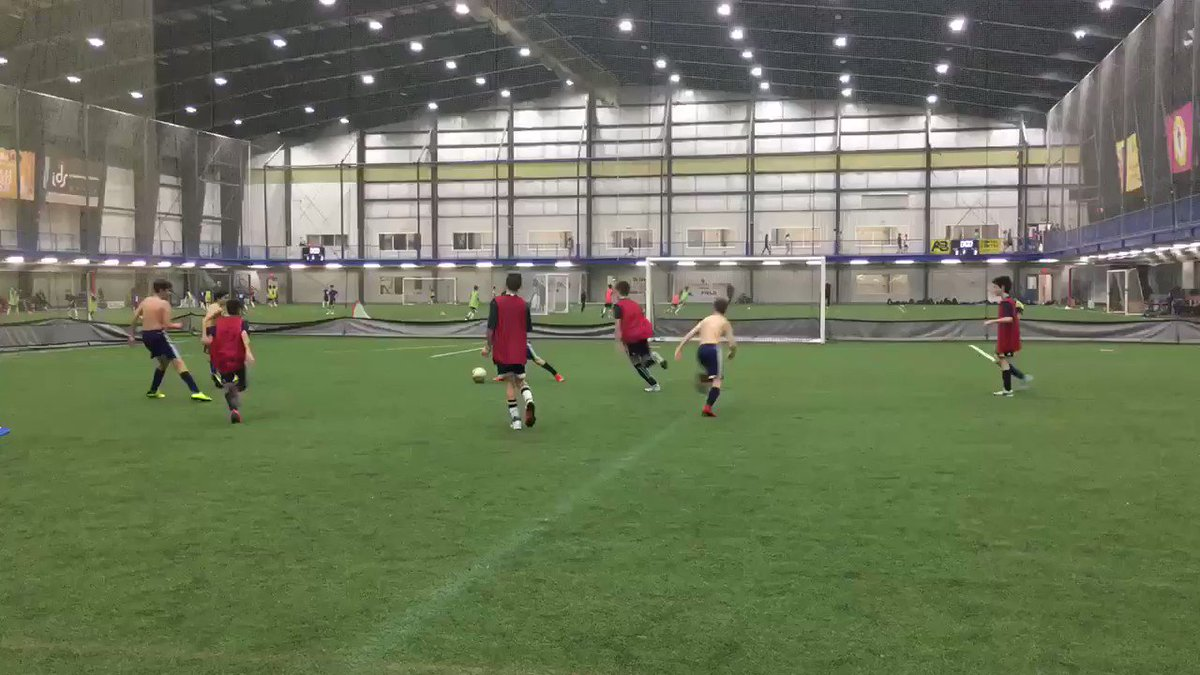 The Skins were out for #whitecapslondon 2006 #OPDL Boys and it was a skinny sight 😂  Thinking the boys need to work on a tan before next session 💪🏼  Topic: Attacking from the midfield through quick switching of the point of attack  @WhitecapsYouth #lndont @whitecapslondon – at BMO Centre