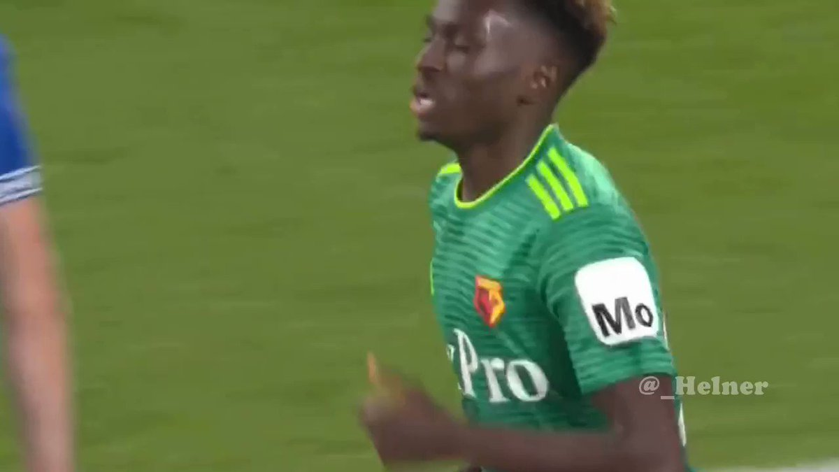 Domingos Quina (19) vs Everton.  Very solid performance on his full debut. The Portuguese midfielder is one of the most promising players of the '99 generation that won the U17 and U19 Euros.
