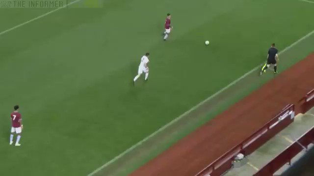17-year-old Jacob Ramsey scored this goal for Aston Villa U18s last night. It was a bit good... (Via @MMAMadDale)