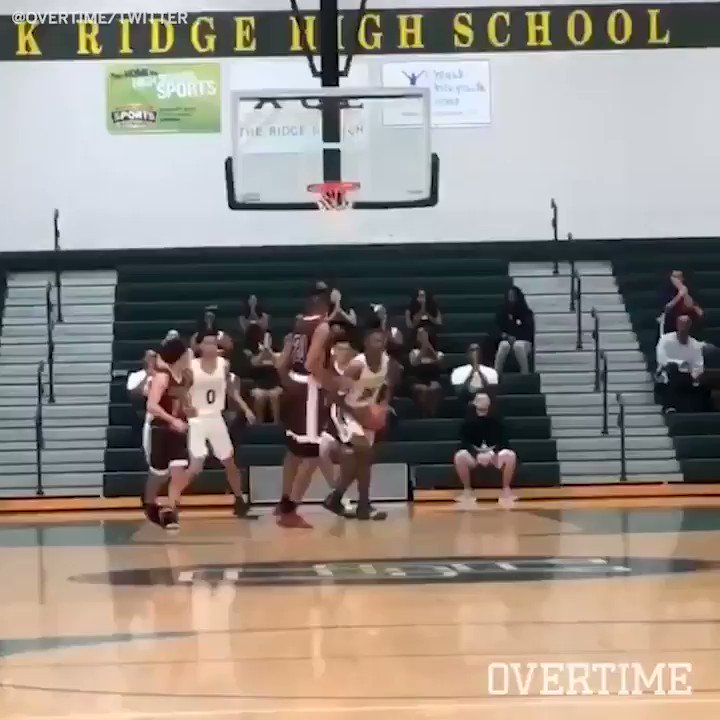 He threw this down in a game?! #SCtop10 (via @overtime) https://t.co/cItsDAvC9o