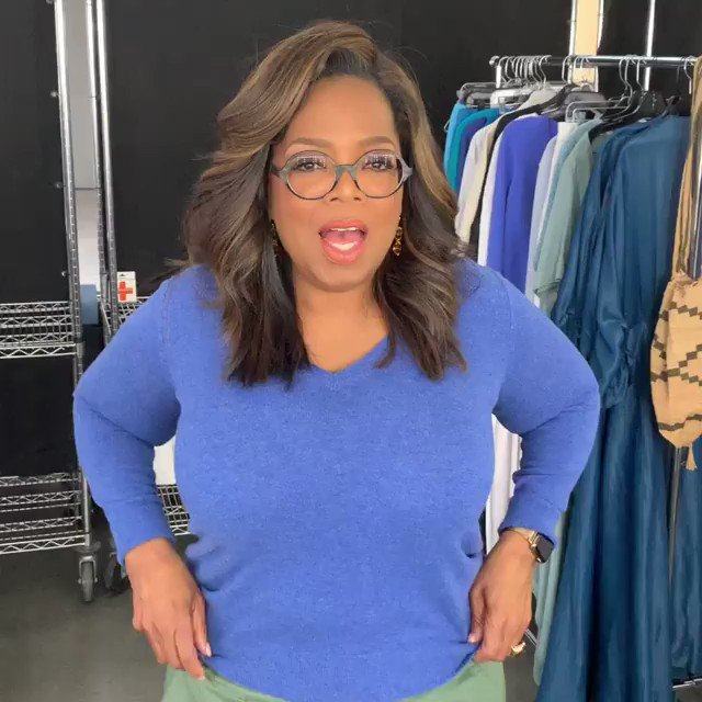 OPRAH ACKNOWLEDGED MY CHICKEN VIDEO TWEET AND SAID MY NAME I AM LITERALLY SHAKING Thank you for everything, @Oprah! You are my Mary Tyler Moore.