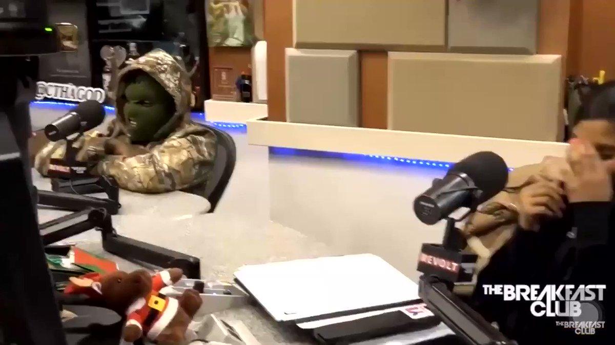 """""""Does Robert Kraft's arrest start a downward spiral for the Patriots?""""  NFL Fans:"""