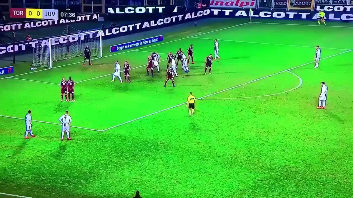 Best free kick ever #Ronaldo