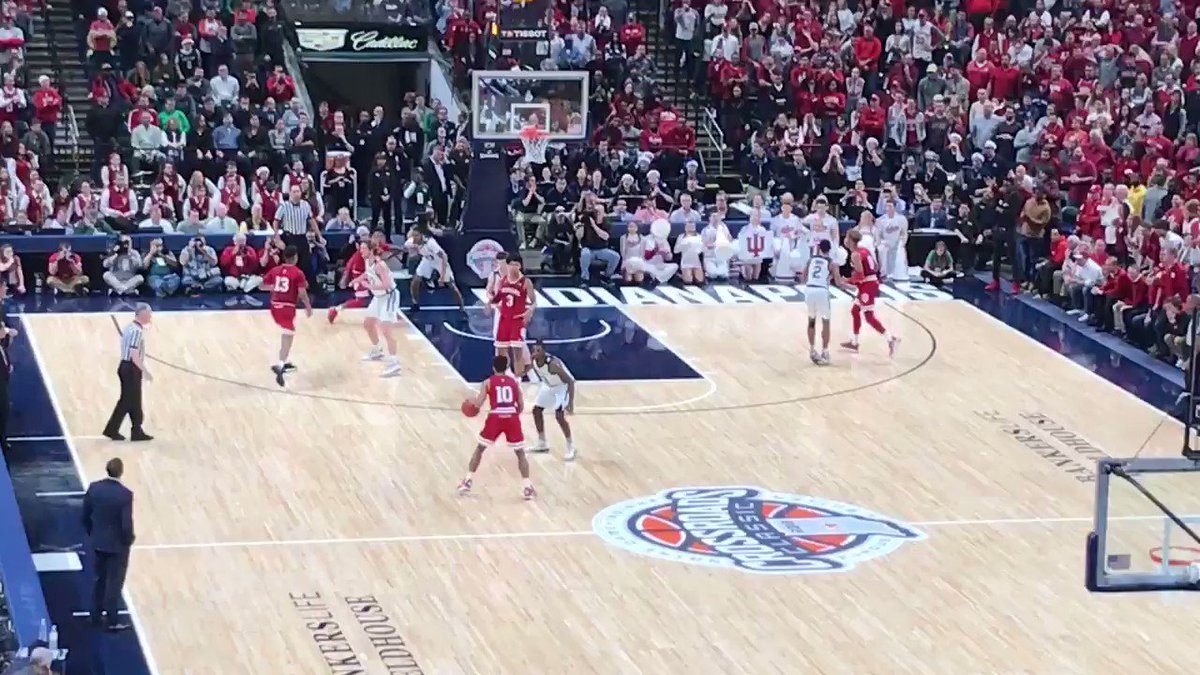 RT @TylerSmith_ISL: IU wins it at the buzzer.#iubb https://t.co/tFZizDc3Pc