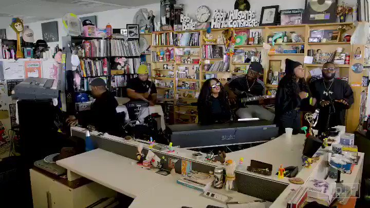 👀 @HERMusicx recently stopped by @nprmusics #TinyDesk for a special performance. Check it out here: n.pr/2Et72tE