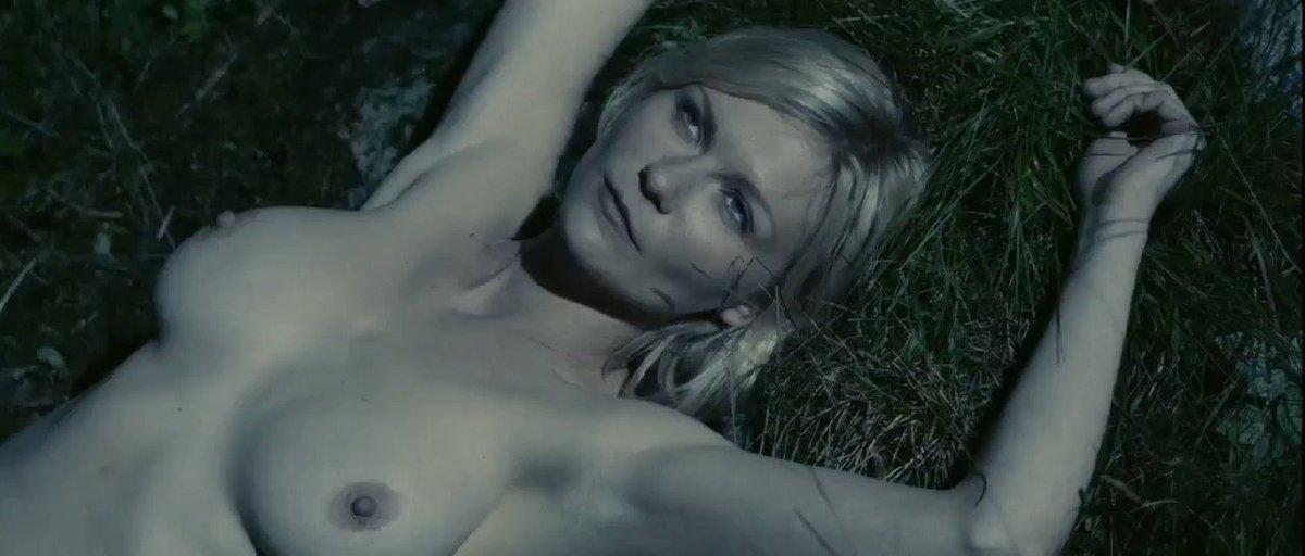 Kirsten Dunst – Melancholia (2011)  – Celeb Nudity