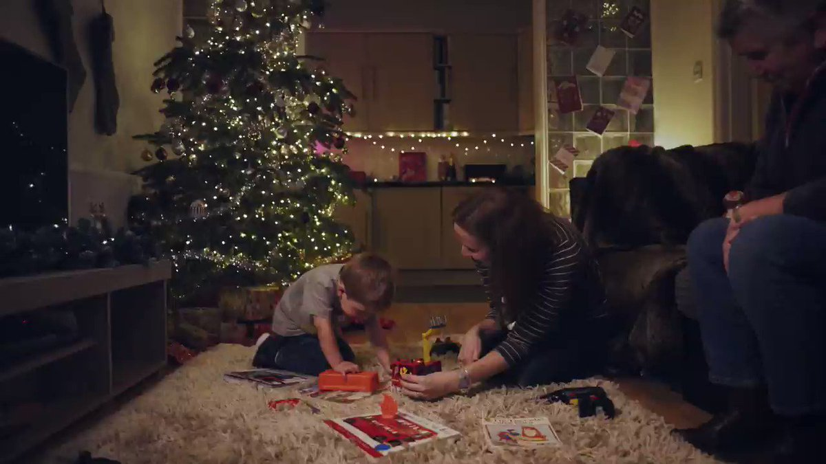 A film by @KristianYoung1 for children's heart charity @tinytickers, who yesterday took over the Christmas lights at Seven Dials and had them twinkle to the heartbeat of Billy, a 2 year old heart patient. See his story below.
