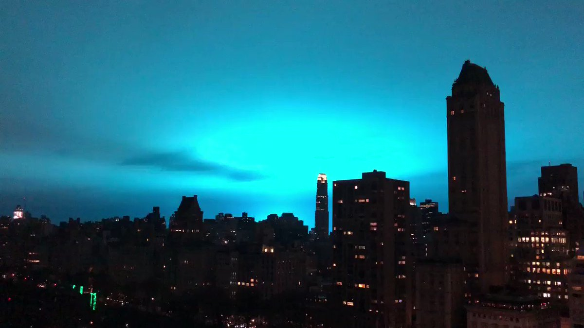 Power plant explosion illuminates NY  sky in eerie blue light