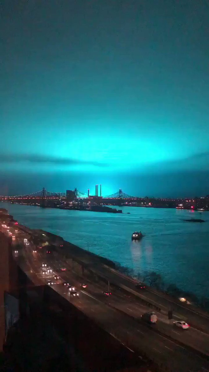 WATCH: Blue and green light glowing in NYC just minutes ago (Vid: @socialdiva)