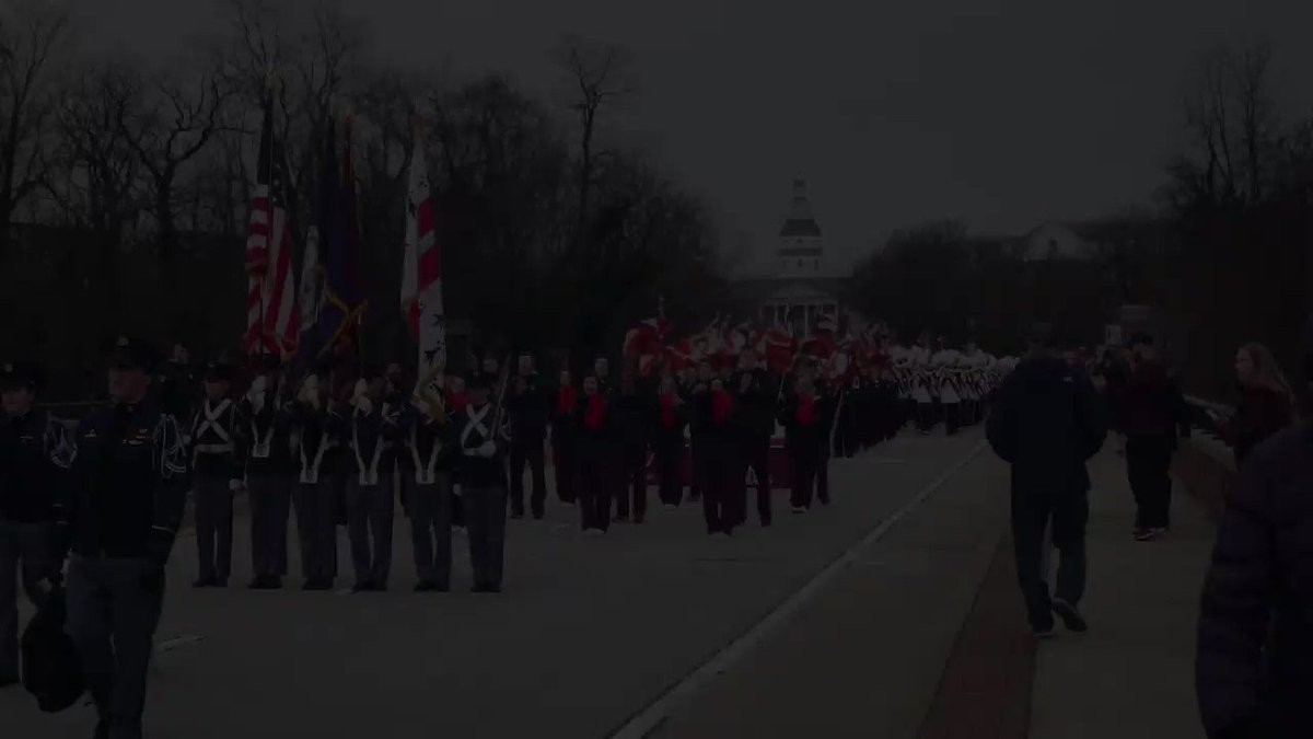 I had a wonderful time at this year's @MilitaryBowl! Check out some of the highlights: