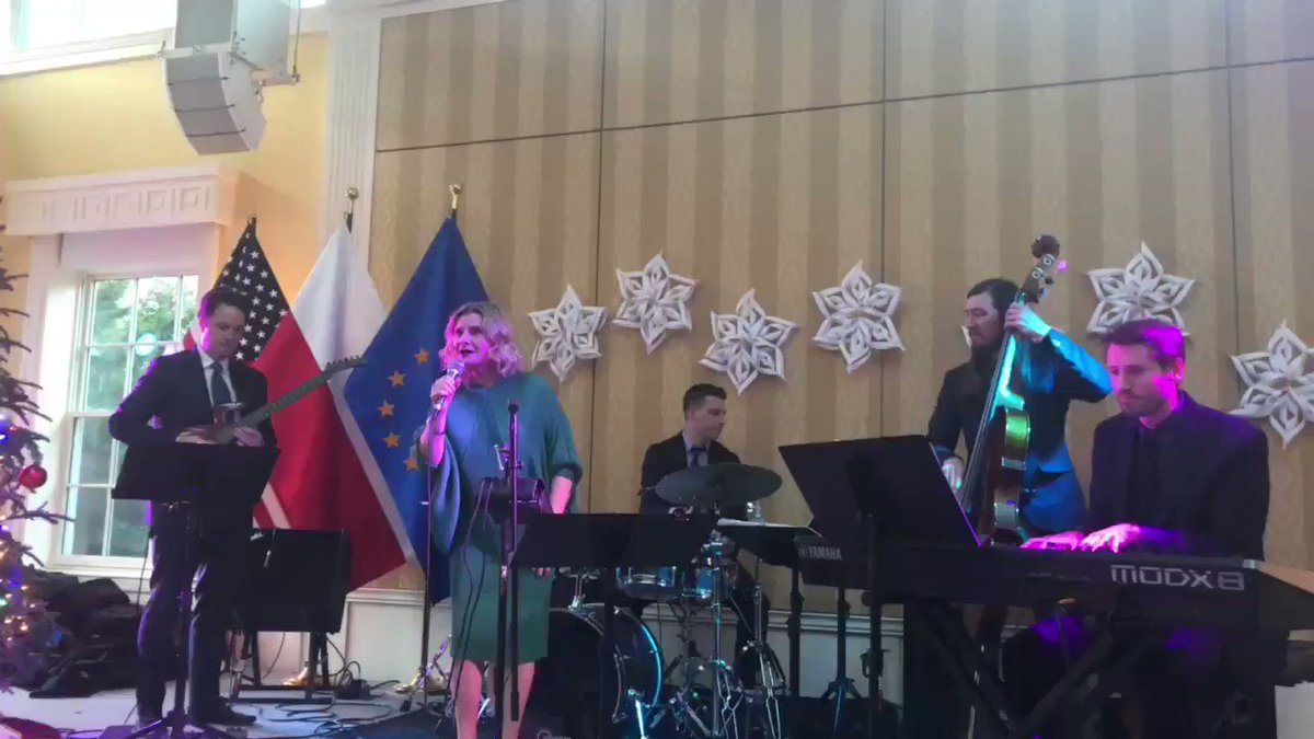 There are many ways to sing Christmas carols!  Listen to the great performance by @grazynaauguscik as part of @PolishLibraryDC Carnival Caroling Concert hosted by @AmbWilczek