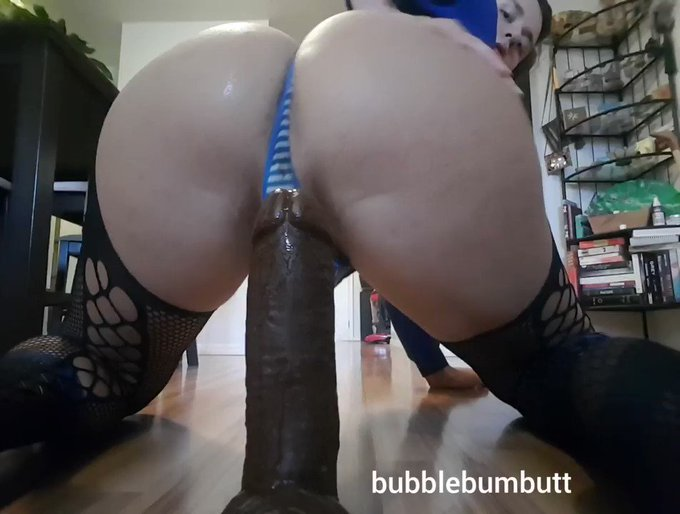 I made a vid and uploaded it to my pornhub / manyvids!  It gets sloppy and wet, the way I like it.  Here's