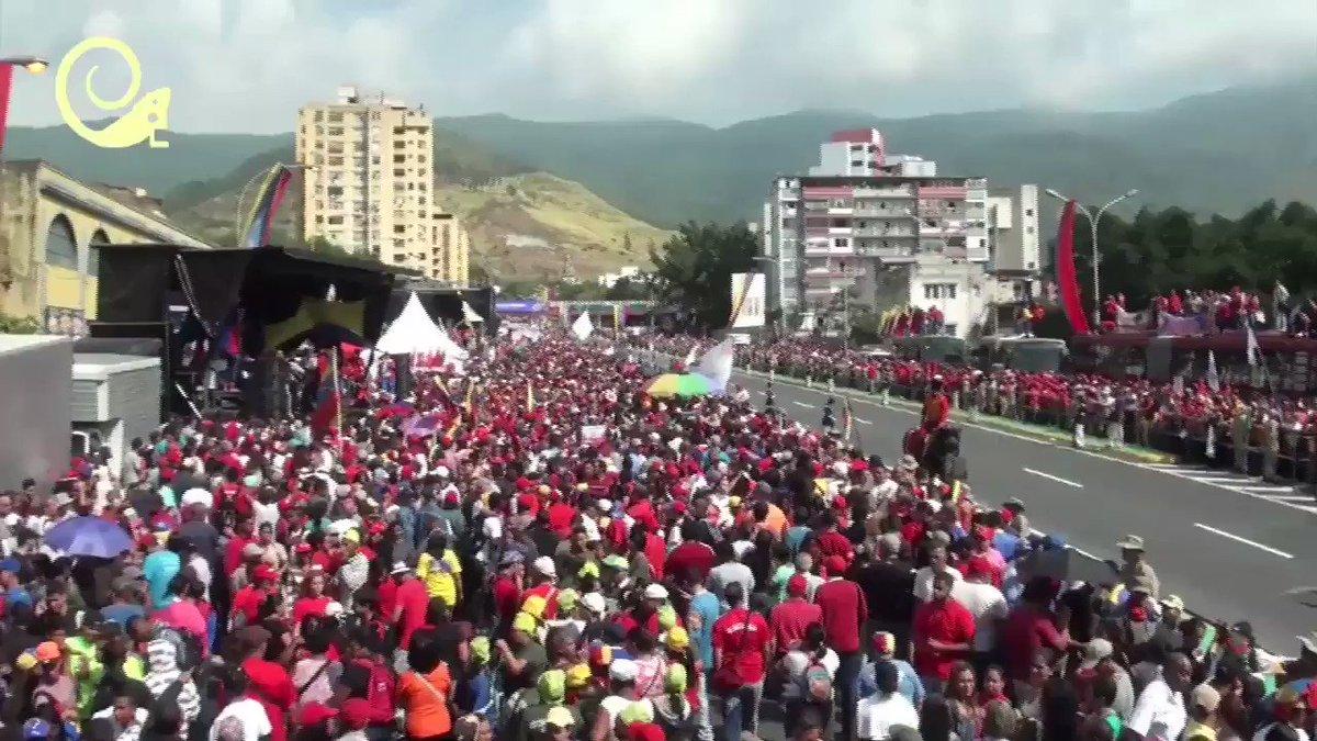 Revolucionaria's photo on Nicolás Maduro