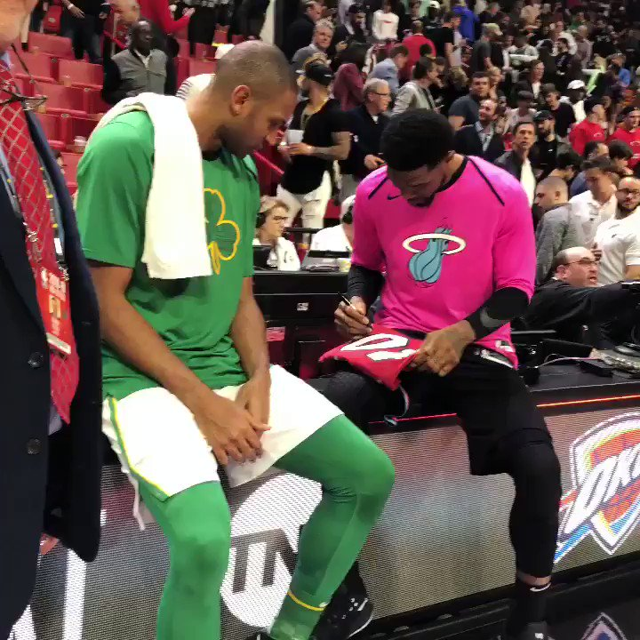 Udonis Haslem signs a jersey of his for Al Horford! #ThisIsWhyWePlay https://t.co/LUwLqpRYtN