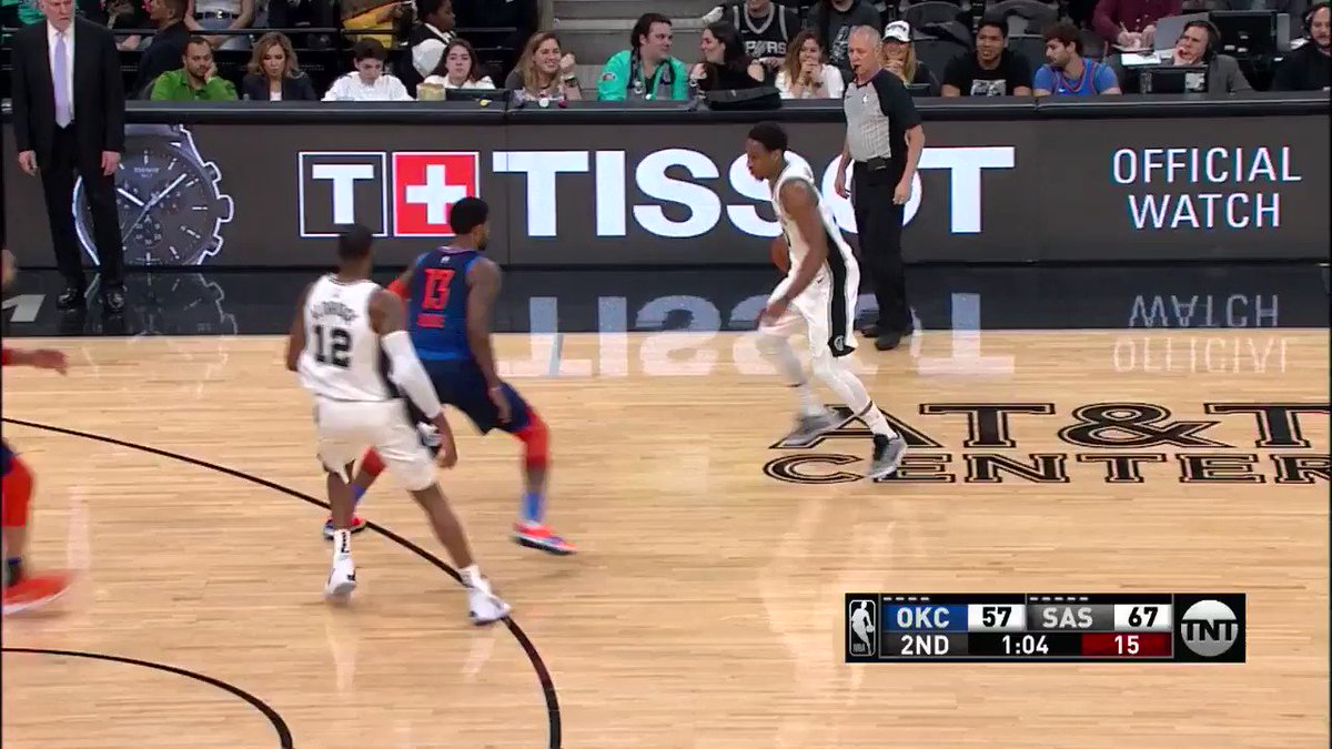 Make it 10/10!   Marco Belinelli (17 PTS) is 5/5 from three. #GoSpursGO https://t.co/hY7bZtFOTh
