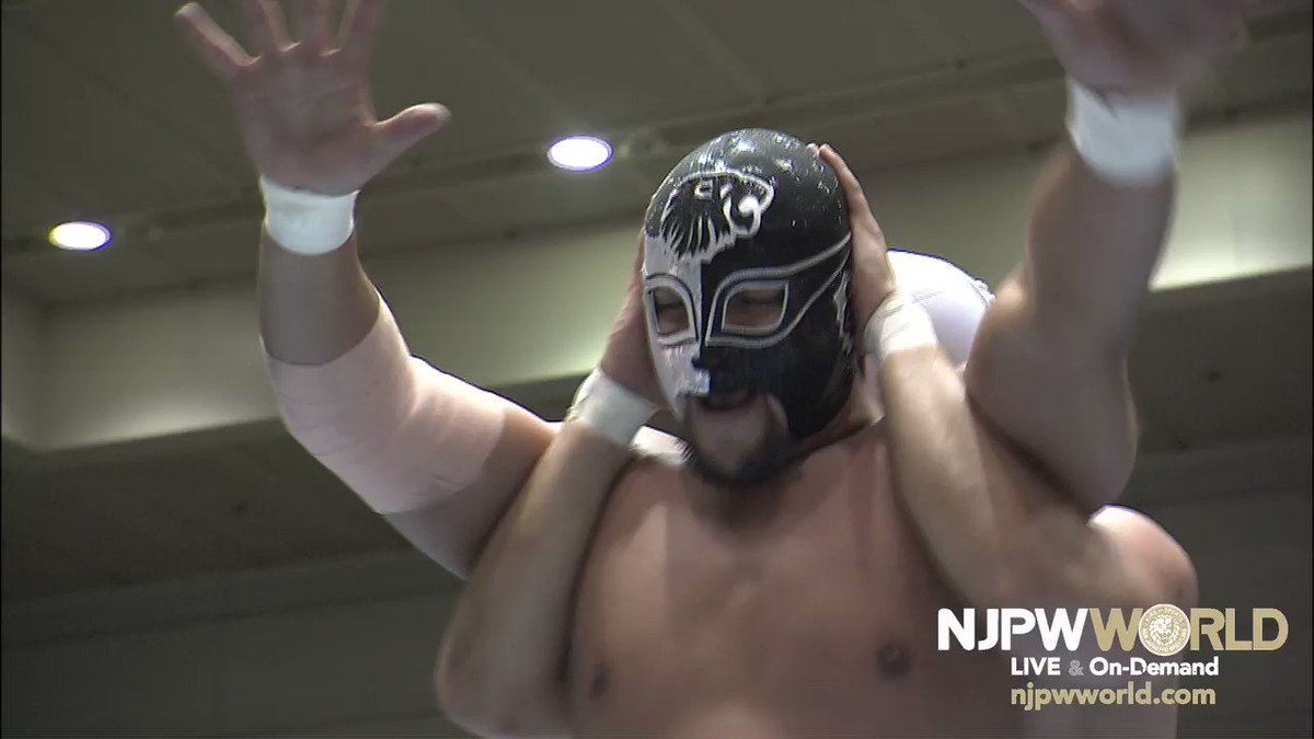 njpwworld's photo on 開幕戦