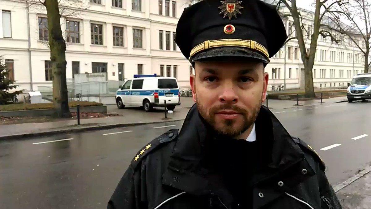Jan Russezki's photo on #bombendrohung