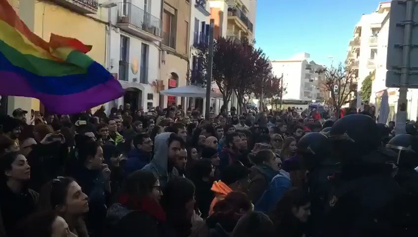 Donostia Bai 🎗�🌹's photo on Sitges