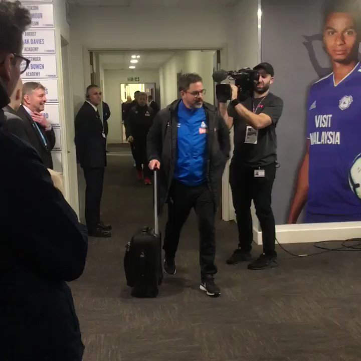 RT @htafcdotcom: 🎥 the #htafc players have arrived!  #CARHUD (AT) https://t.co/LhB6J5wQDG
