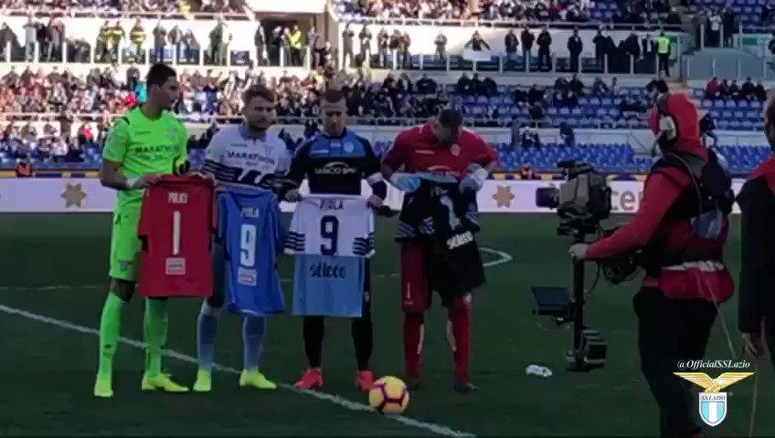 RT @OfficialSSLazio: #LazioNovara 💙  🙏 In memoria di Silvio Piola e Felice Pulici https://t.co/WsNG1WMAFP