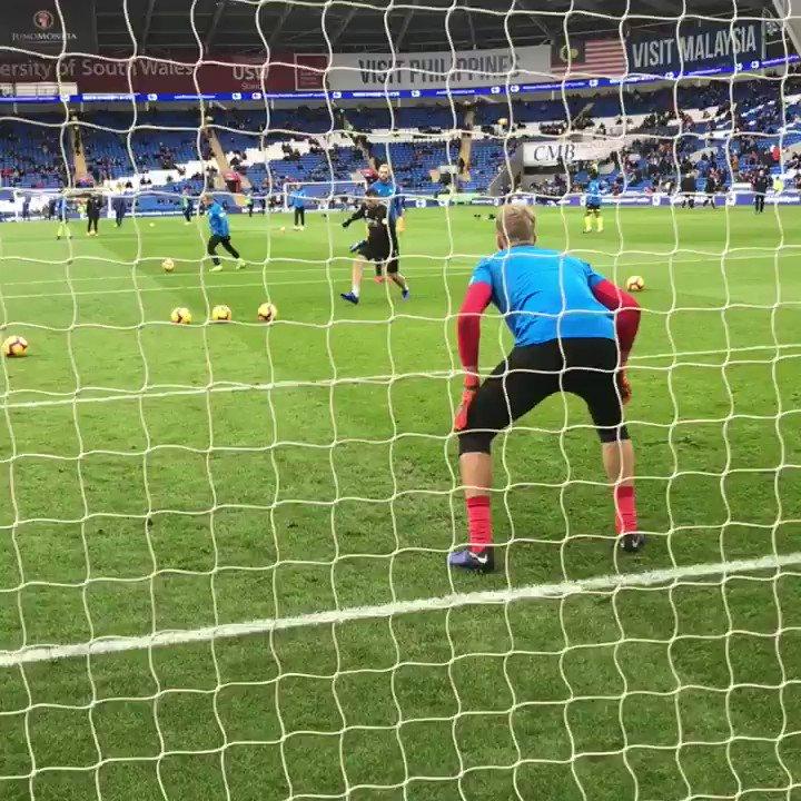 RT @htafcdotcom: 👐 pre-match prep  @JonasLoessl #htafc #CARHUD (AT) https://t.co/7MmZ4xVMKt