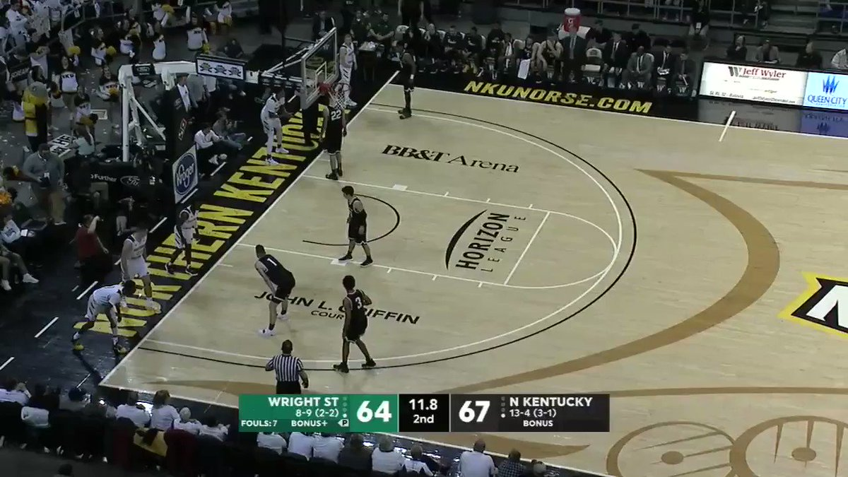 Northern Kentucky was out there running inbound plays from Blitz '99 https://t.co/pVQDdWqr2q