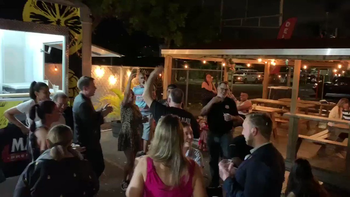 Celebration, led by @ChefJoseAndres, of food truck chefs who helped Puerto Rico recovery efforts #ChefsForPuertoRico https://t.co/Y2gHuosMYa