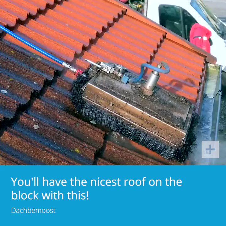 This gadget makes cleaning your roof safer!