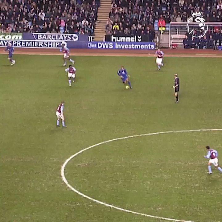 Henry ➡️ Bergkamp ➡️ Cole Electric @Arsenal 😍 #GoalOfTheDay @TheRealAC3