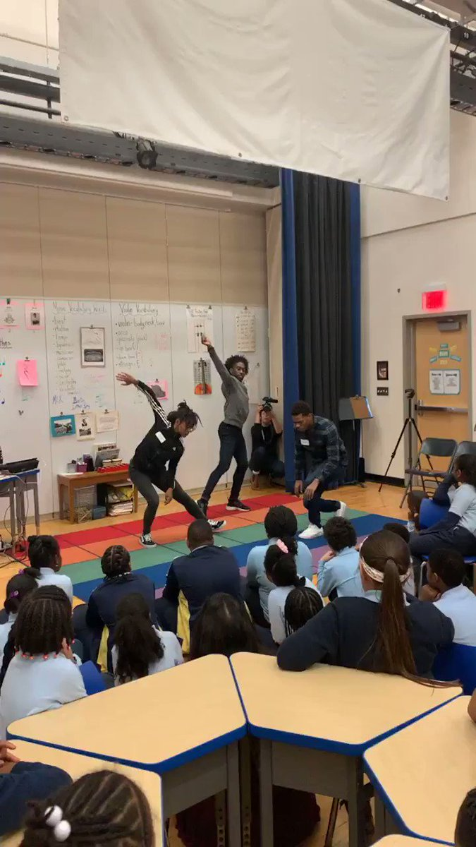 .@AlvinAiley2 dancers improvising to music composed by 5th graders at @BRCPS #bosarts #bostoncreates #ailey60 #celebrityseries @mass4charters