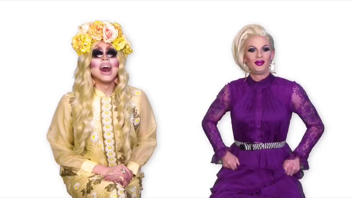 Katya just did the best intro on UNHhhh