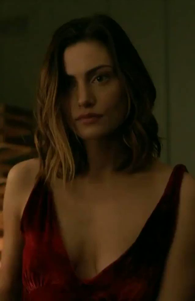 Phoebe Tonkin – The Affair (S04E05)  – Celeb Nudity