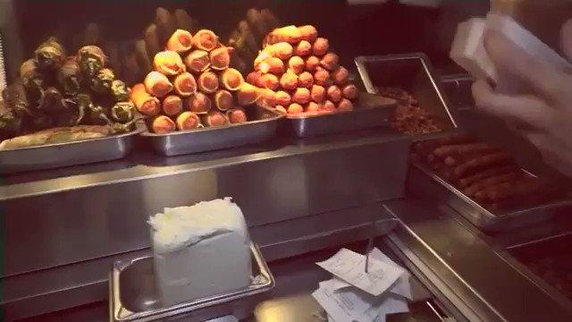 Los dogos del Miami (@ARREDONDOTOMAS) son los mejores hot dogs de Hermosillo🌭🤤  Change my mind.