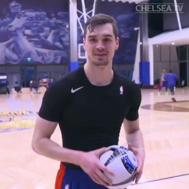 We 👀 you @_OlivierGiroud_  & @DavidLuiz_4. Thanks @ChelseaFC #NBALondon