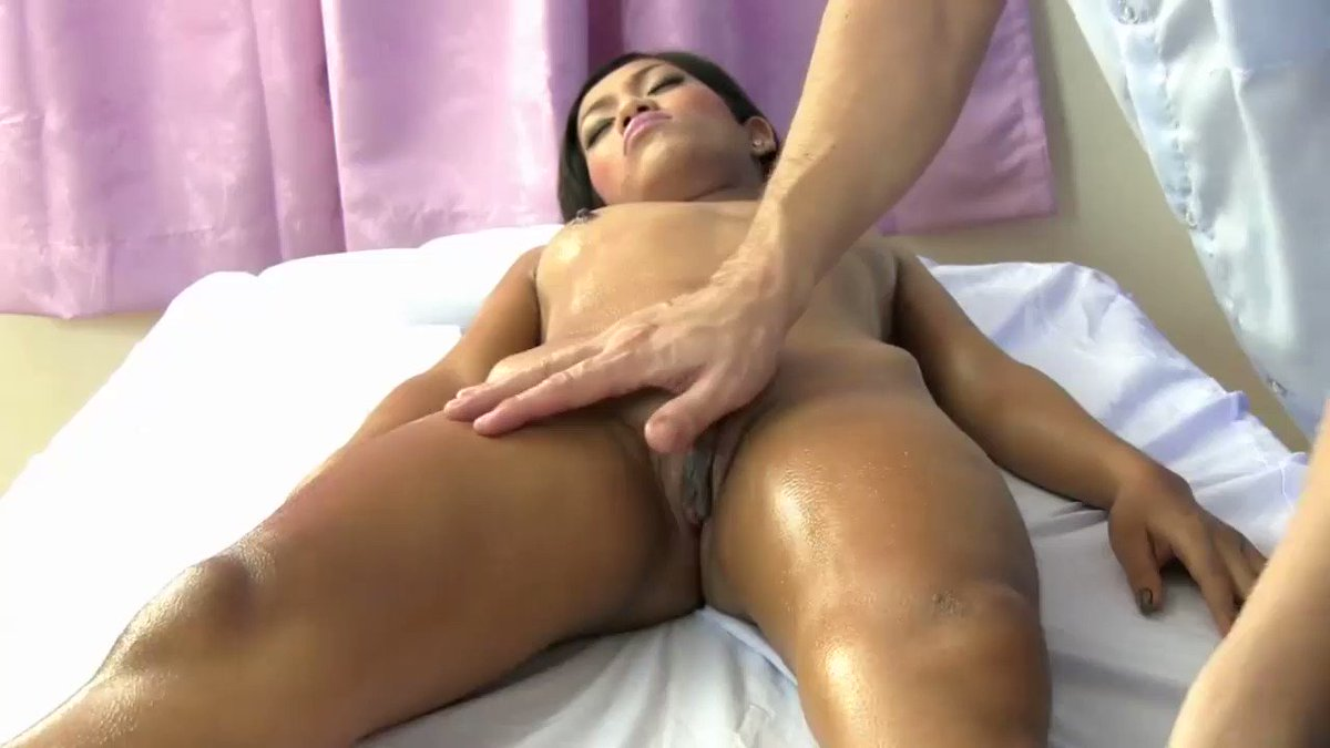 MaryJones - Big clit Thai girl pussy massage. #RT to get more. SEX DATING➡https://t.co/Zh8pghtWLZ  Adult DATING➡https://t.co/LSGGrtuqaP   #fuckme #iwantdick #dickmedown #iwanttofuck #horny #hornyslut #hornyasf #cumslut #cumqueen #givemeafacial #cumonme #monstercock #bwc