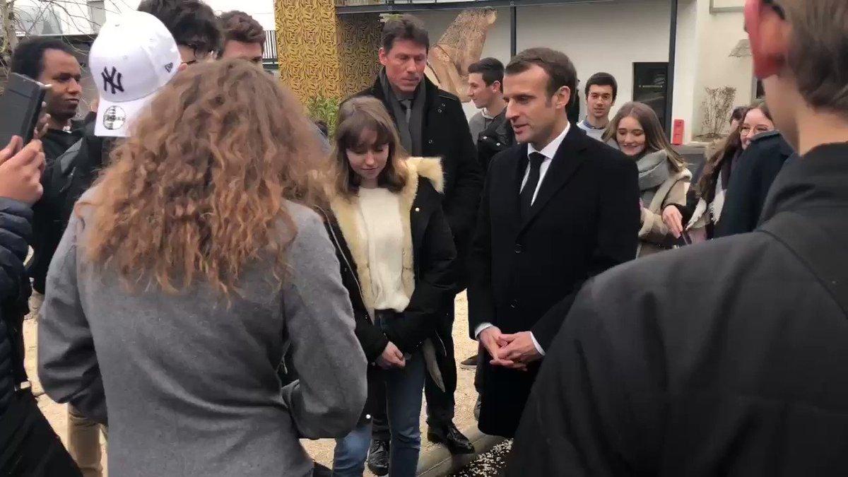 Avec les élèves du lycée polyvalent Louis-Vicat à Souillac.