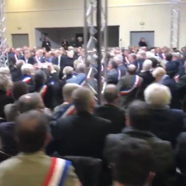 C'est parti ! 600 maires d'Occitanie sont présents à Souillac pour échanger avec le Président de la République. #GrandDébat
