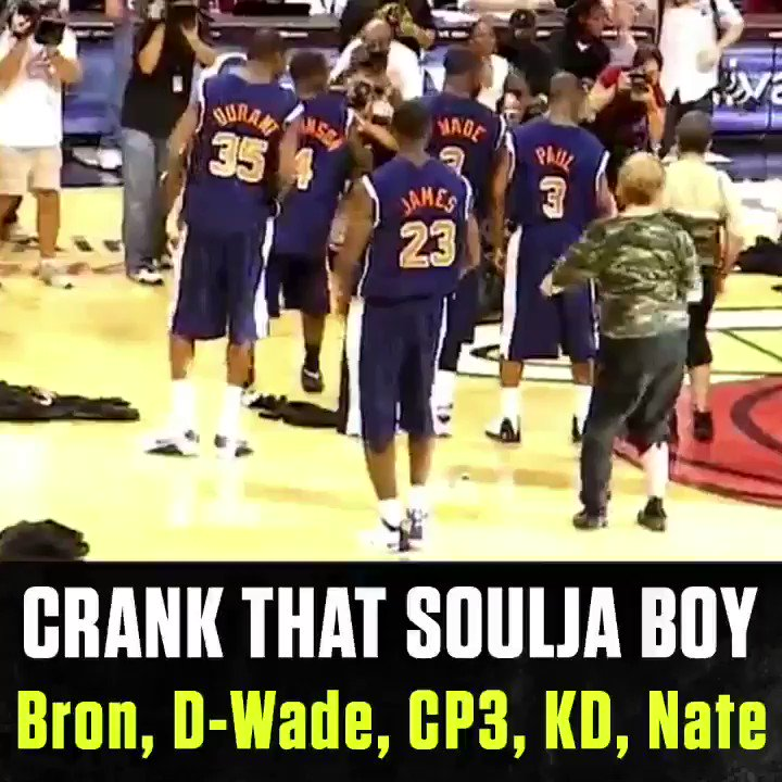 Soulja Boy was most def the influence for your favorite hoopers. 🕺🏽