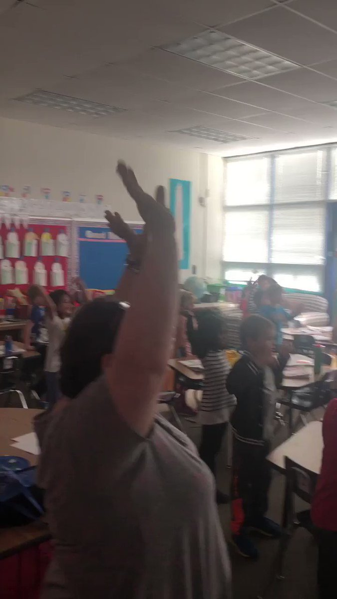 Nothing more enjoyable that Pop See Ko on a Friday afternoon to pump us up for a long weekend. The students in Ms. Landefeld's class <a target='_blank' href='http://twitter.com/JulieGrade1'>@JulieGrade1</a> were really showing their dance skills. <a target='_blank' href='https://t.co/UexkgzvP0T'>https://t.co/UexkgzvP0T</a>